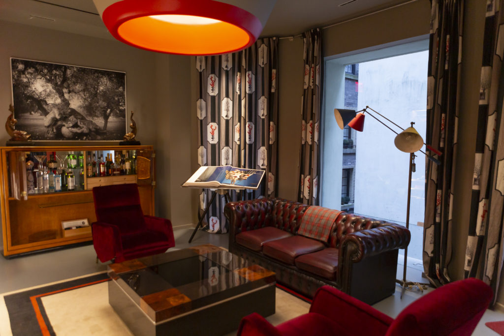 A sitting area at ISAIA's Upper East Side townhouse. Photo courtesy Scott Rudd Events.