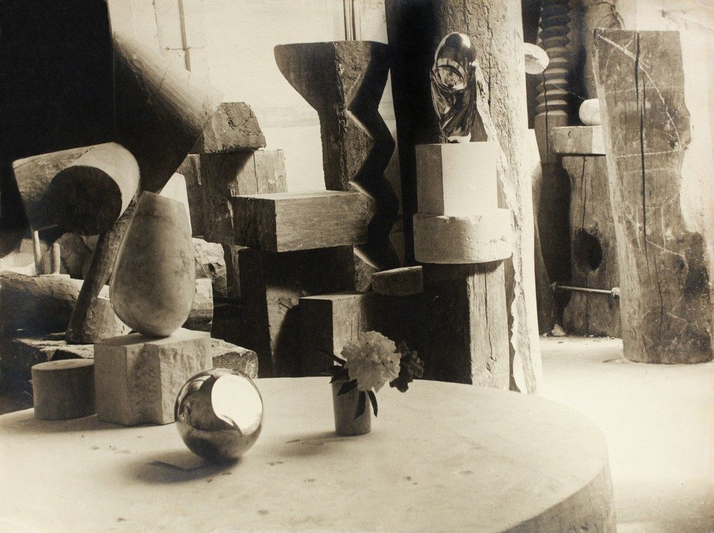 Constantin Brancusi, <i>View of the Studio: Mademoiselle Pogany II with Flower</i> (c. 1923). Courtesy of Bruce Silverstein Gallery.