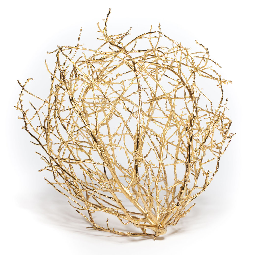 A golden tumbleweed sculpture by Bale Creek Allen. Courtesy of the artist and Bale Creek Allen Gallery.