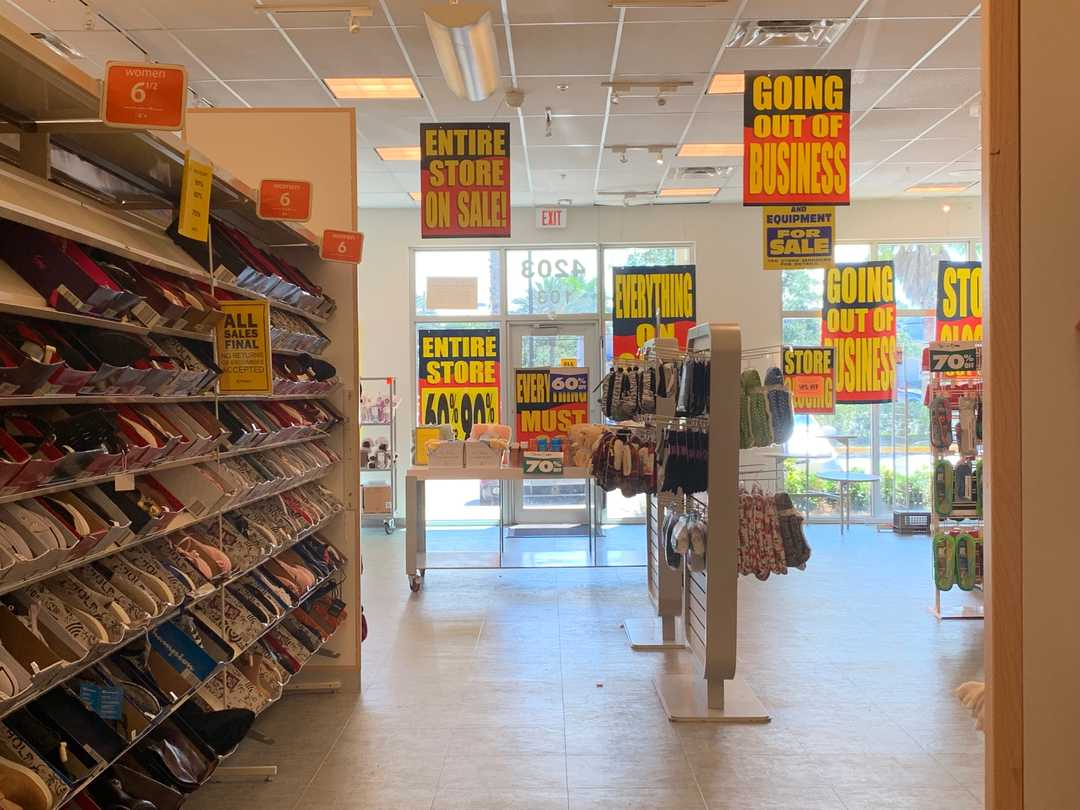 All US stores to close by end of June