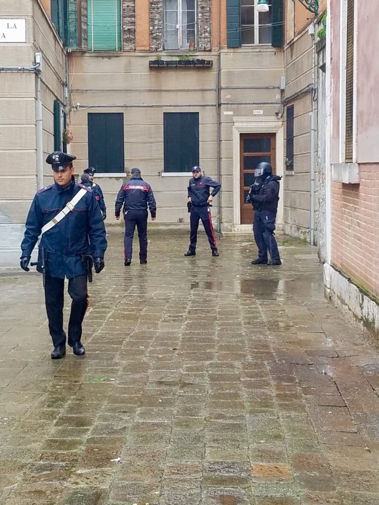 The Carabinieri shut down the Lithuanian pavilion. Photo courtesy Jerry Blackman.