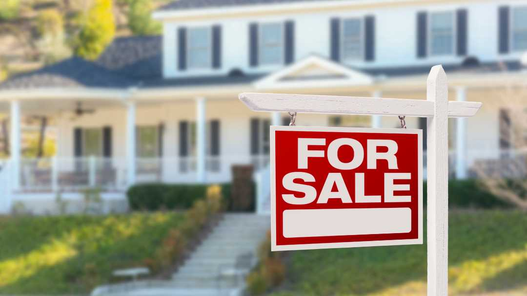 Home sales fell for second straight month in April.