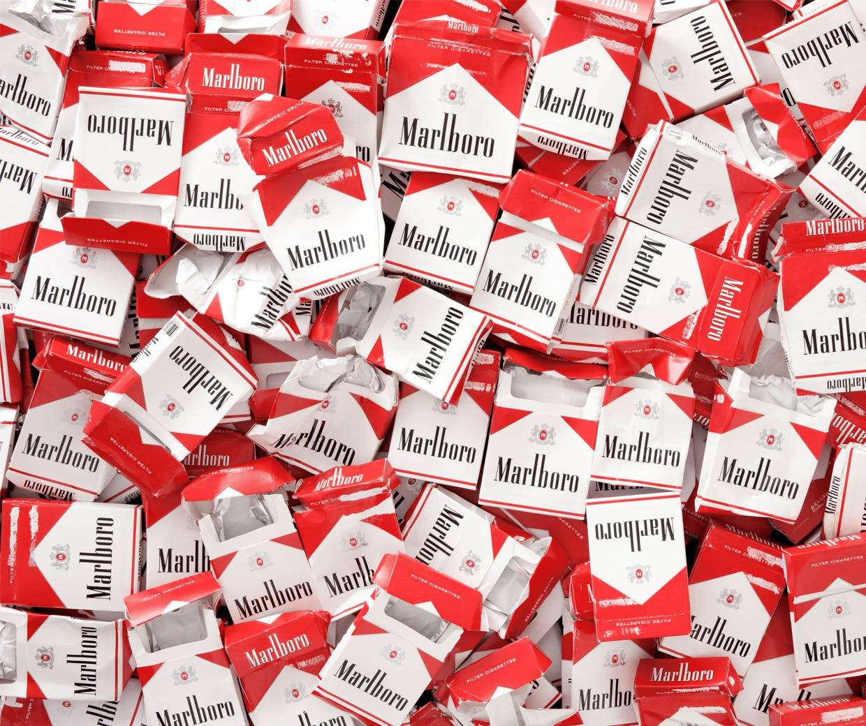 Marlboro offering ex-smokers cheap life insurance leaves a bad taste – Marketing Week