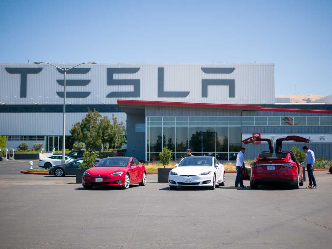 Tesla stock could hit $10 a share in worst-case scenario, says analyst