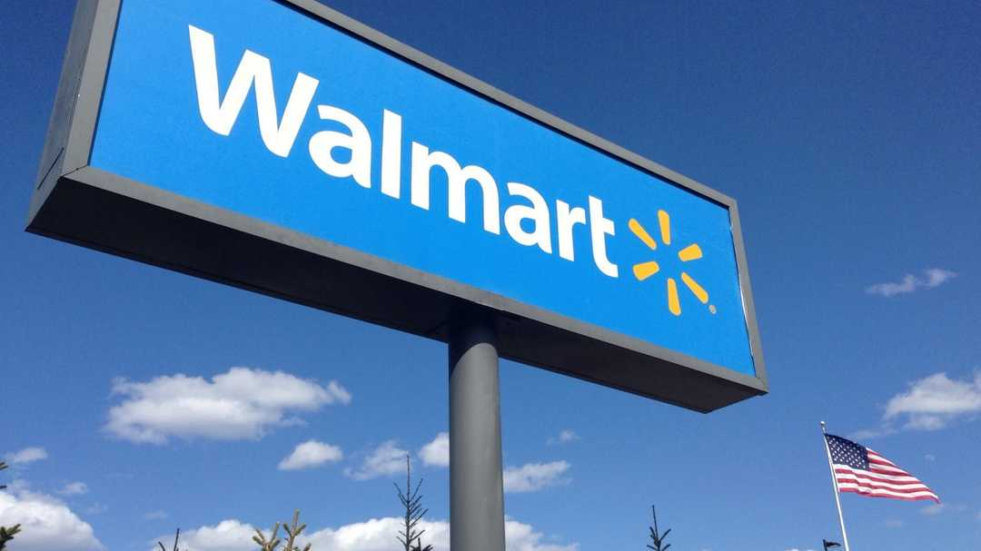 Walmart, Macy's warn of tariffs boosting prices for consumers