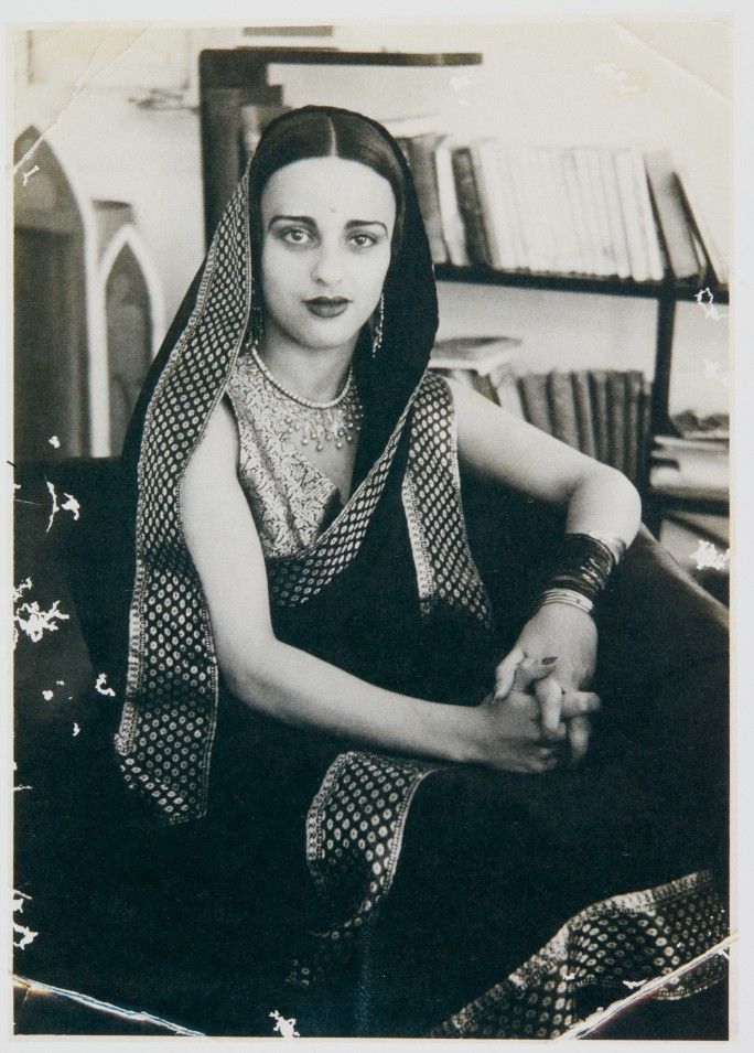 Amrita Sher-Gil (circa 1930s). Photo by Dalip Singh. Reproduced from V. Sundaram, Amrita Sher-Gil: A Portrait in Letters & Writings, Vol. 2, Tulika Books, New Delhi, 2010, p. 626, courtesy of Sotheby's India.