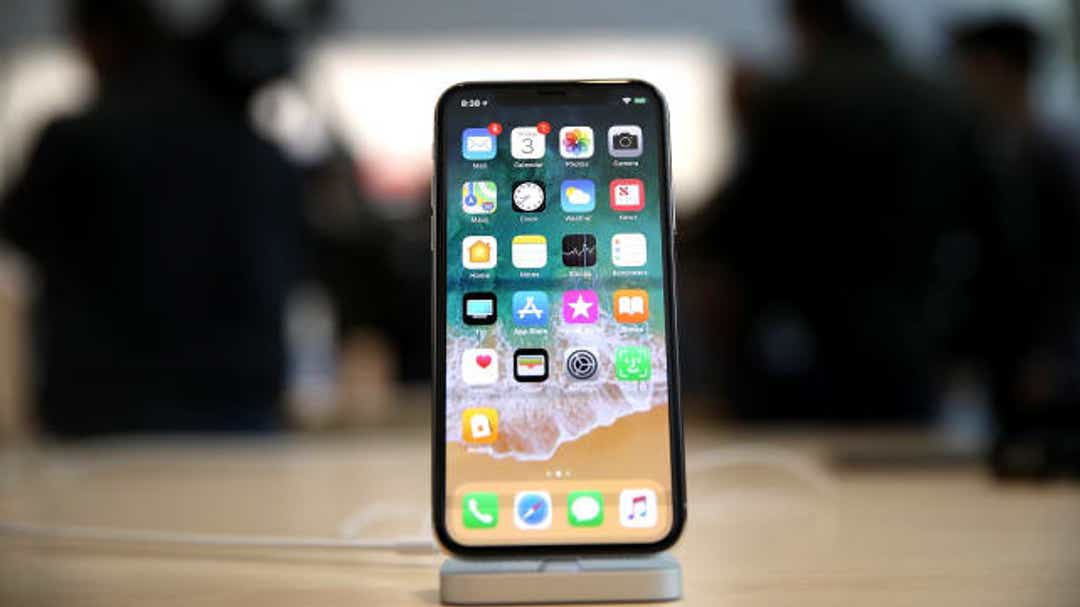Apple touts iPhone privacy features iPhone, but beware – apps watch