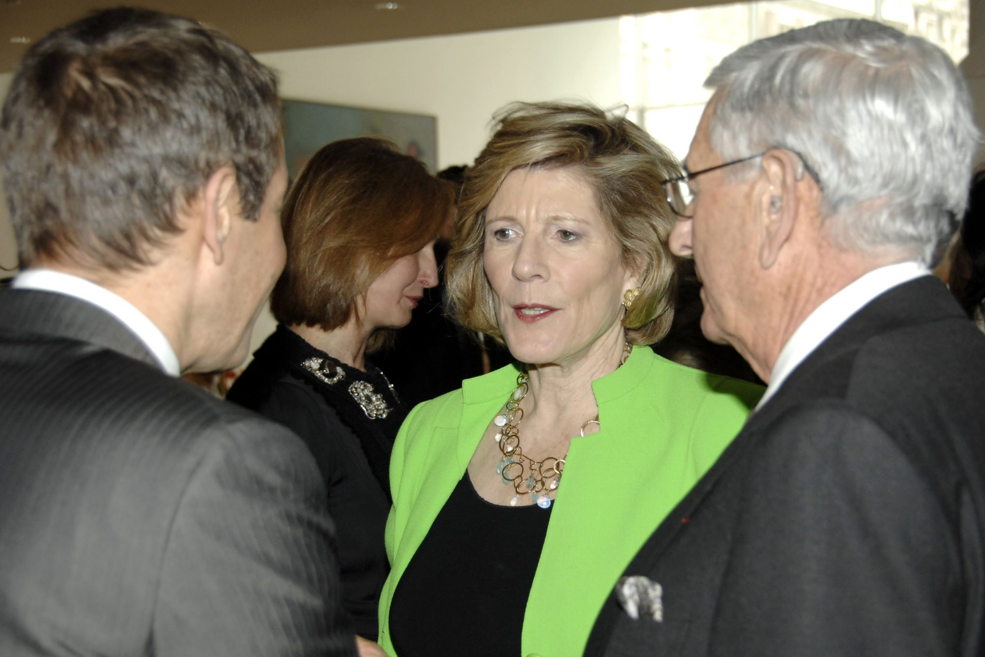 Mega-Collectors Agnes Gund and Eli Broad Come Out in Support of the Wealth Tax + Other Stories