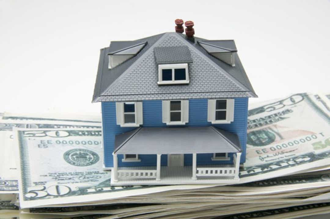 Refinancing surges as rates drop but loans for purchase lag