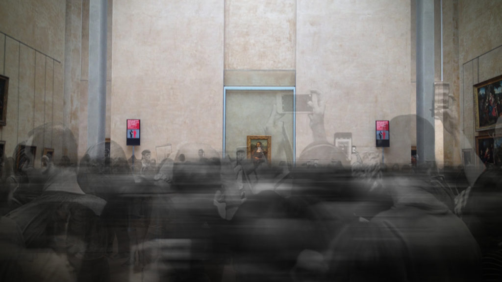 The Mona Lisa Will Emerge From Behind Bullet-Proof Glass in the Louvre's First Ever Virtual Reality Experience