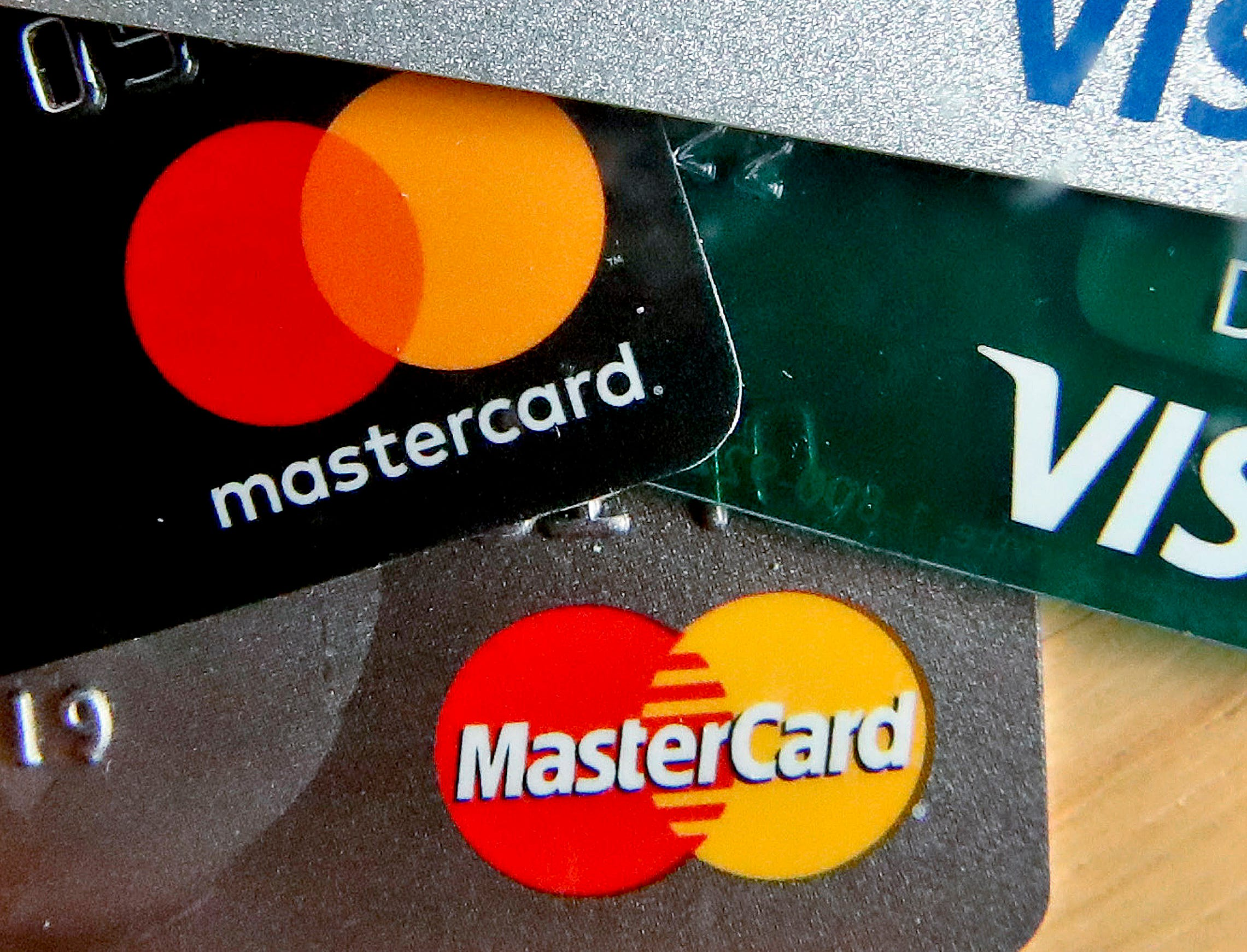 Transgender people can use chosen names on cards, Mastercard says