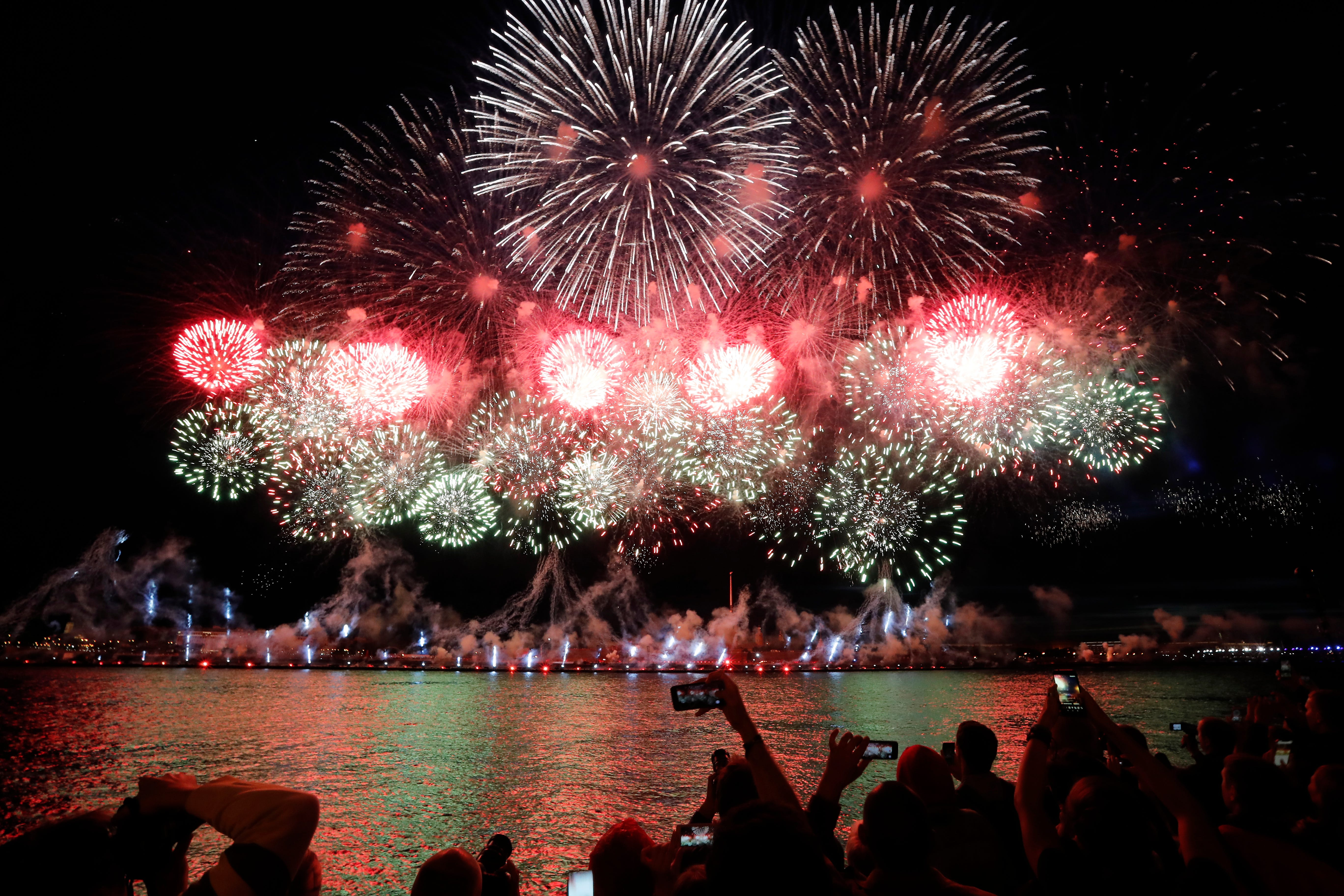 Fireworks sales to top $1.3 billion this year