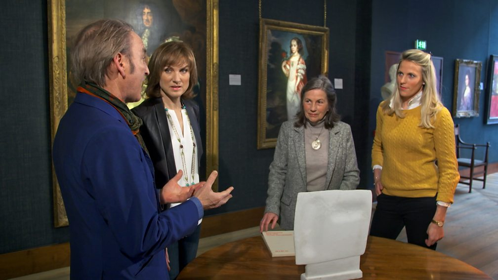 Fiona Bruce and Philip Mould, host of BBC