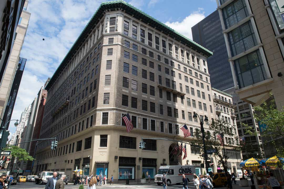 Lord and Taylor to be sold to Le Tote for $100 million