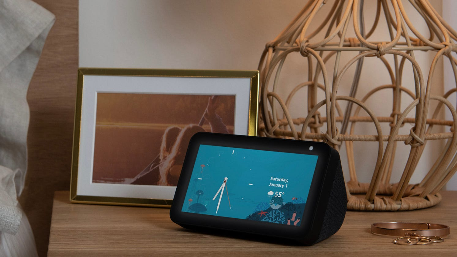 Amazon's Echo Show 5 is down to an incredible low price