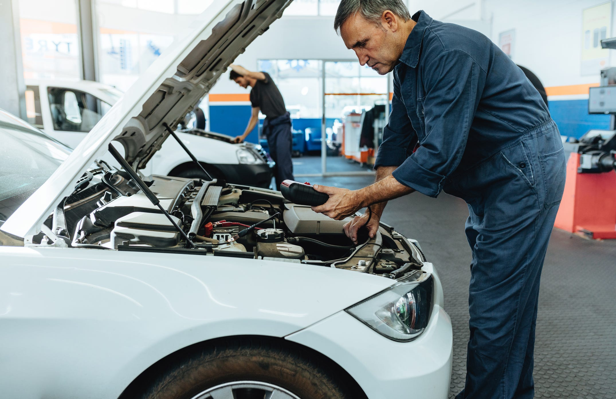 Millennials, Gen Zers pay more for car repairs than average American