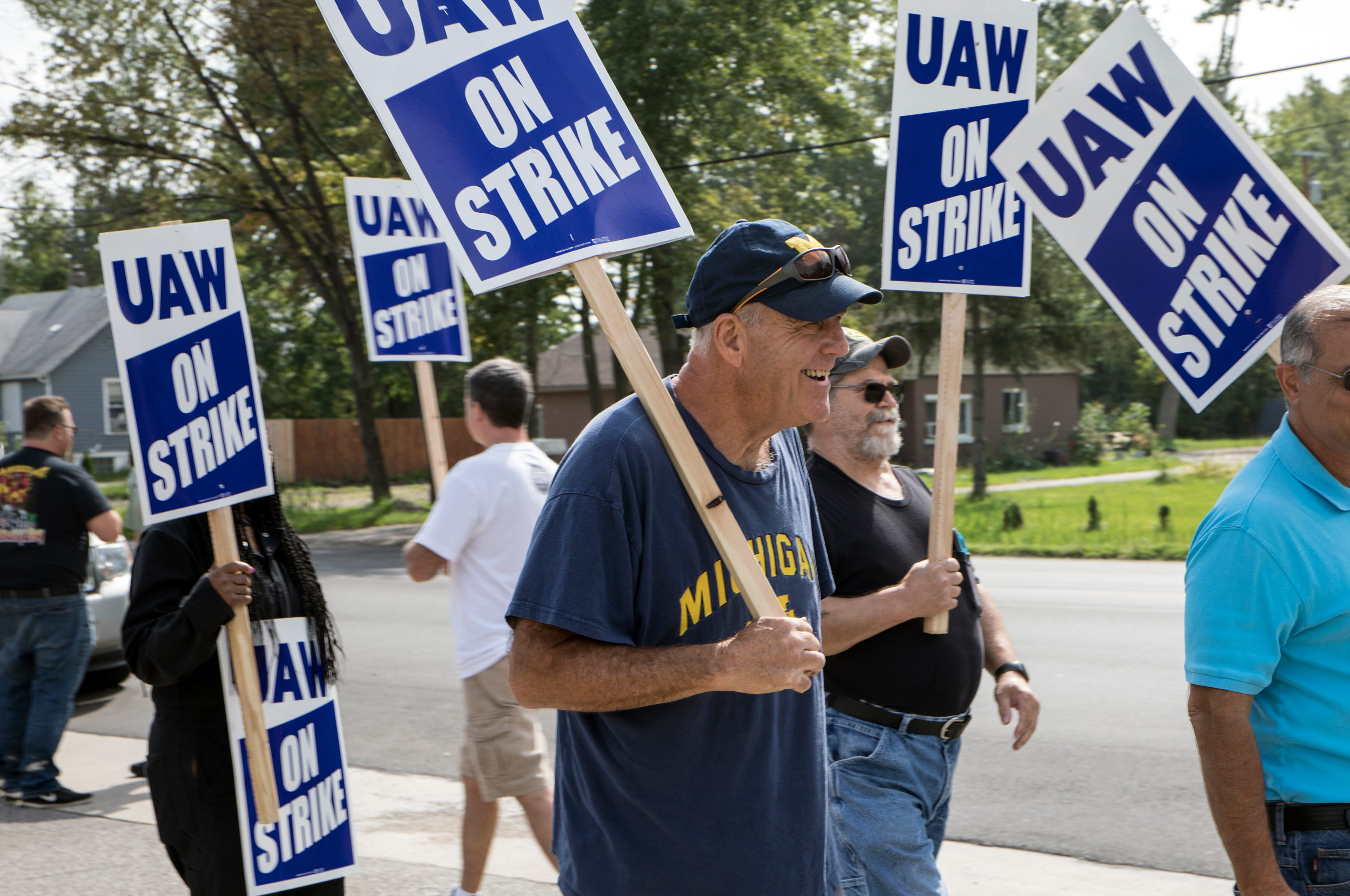 Where contract talks between UAW, automaker stand