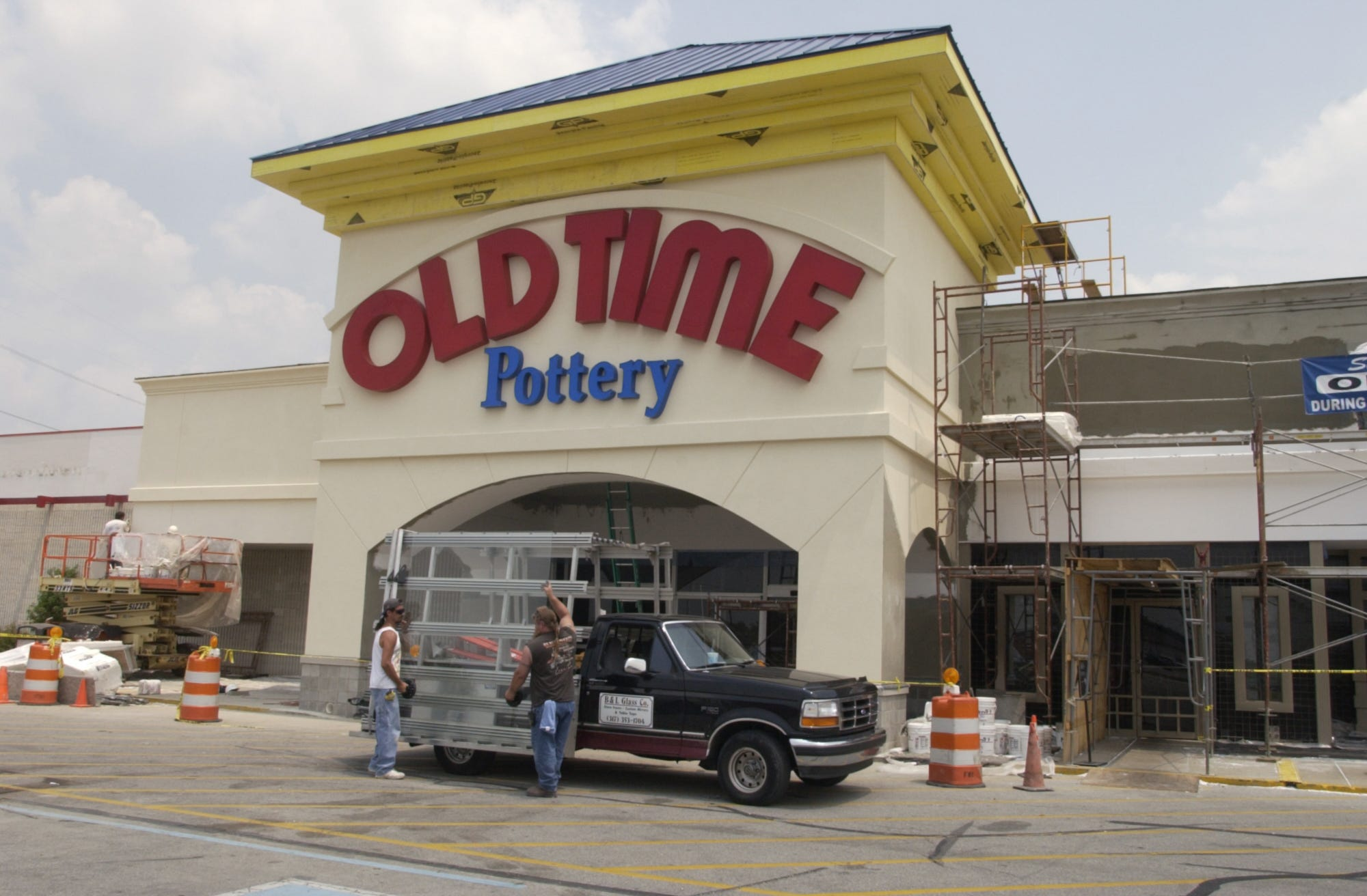 Old Time Pottery to file for bankruptcy, close stores due to pandemic