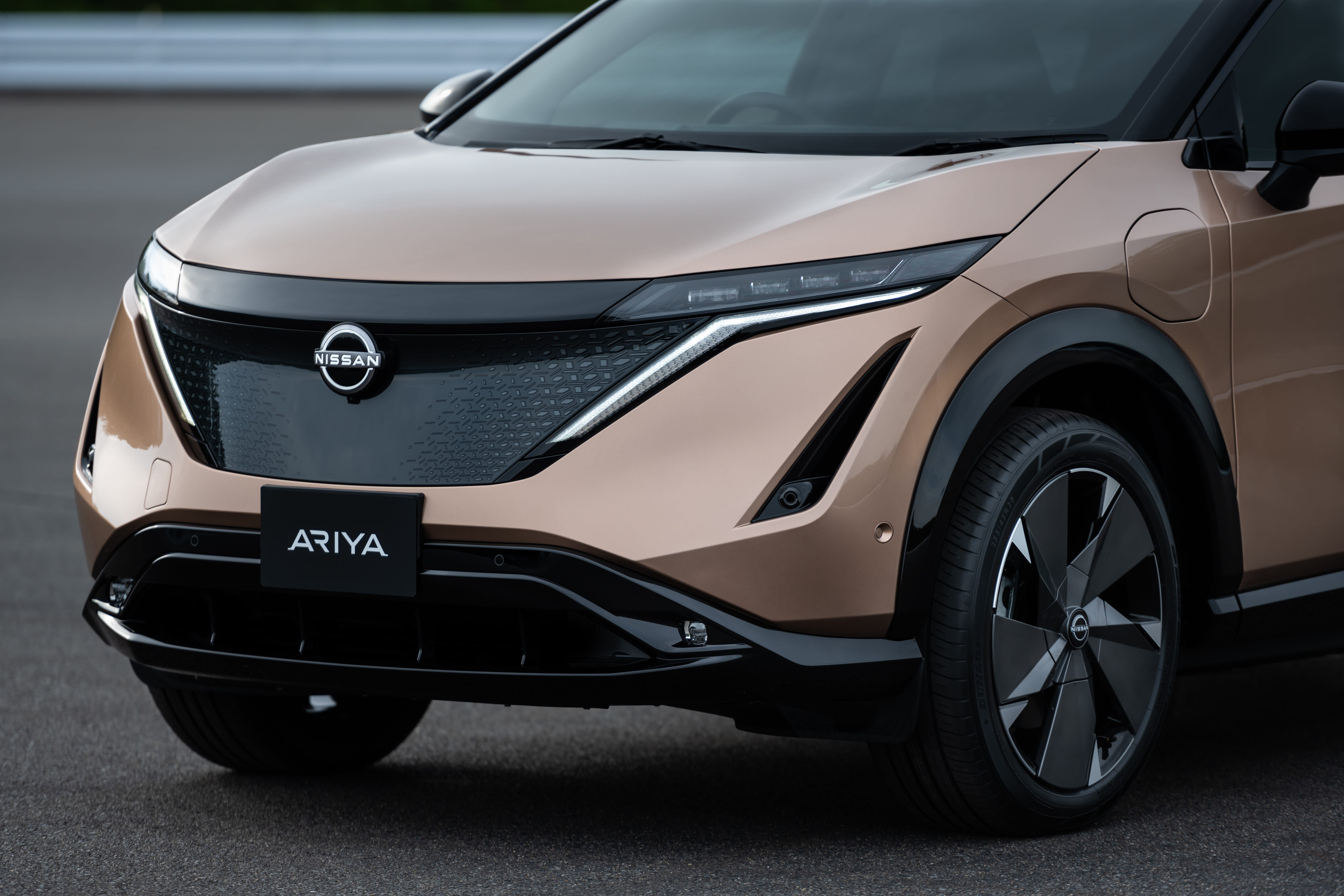 Nissan reveals $40,000 electric SUV
