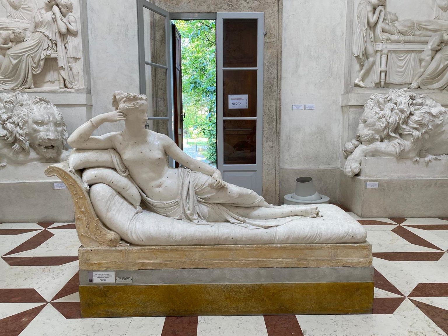 A Clumsy Museum Visitor Snapped the Toes Off a Historic Sculpture in Italy While Trying to Pose for a Selfie in Its Lap