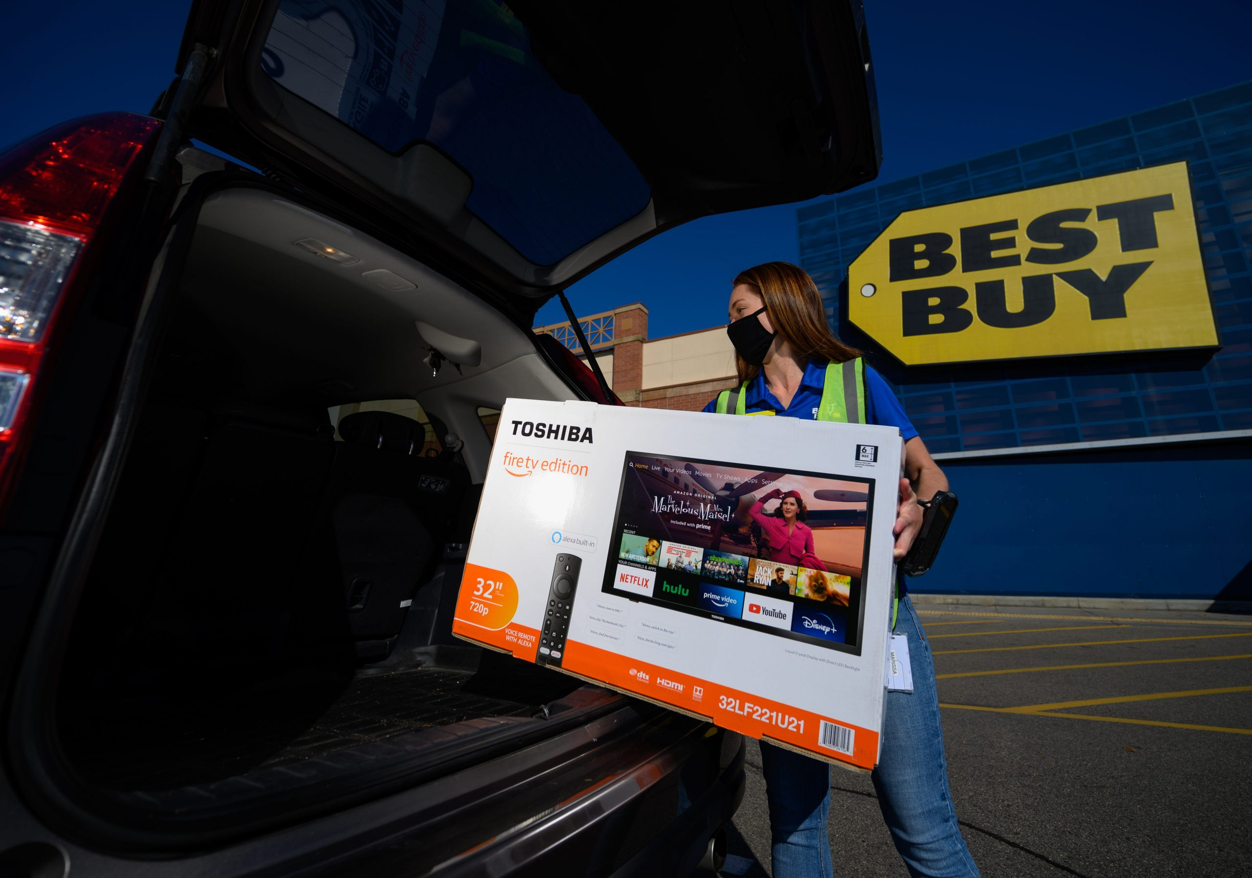 Best Buy offering deals on electronics early