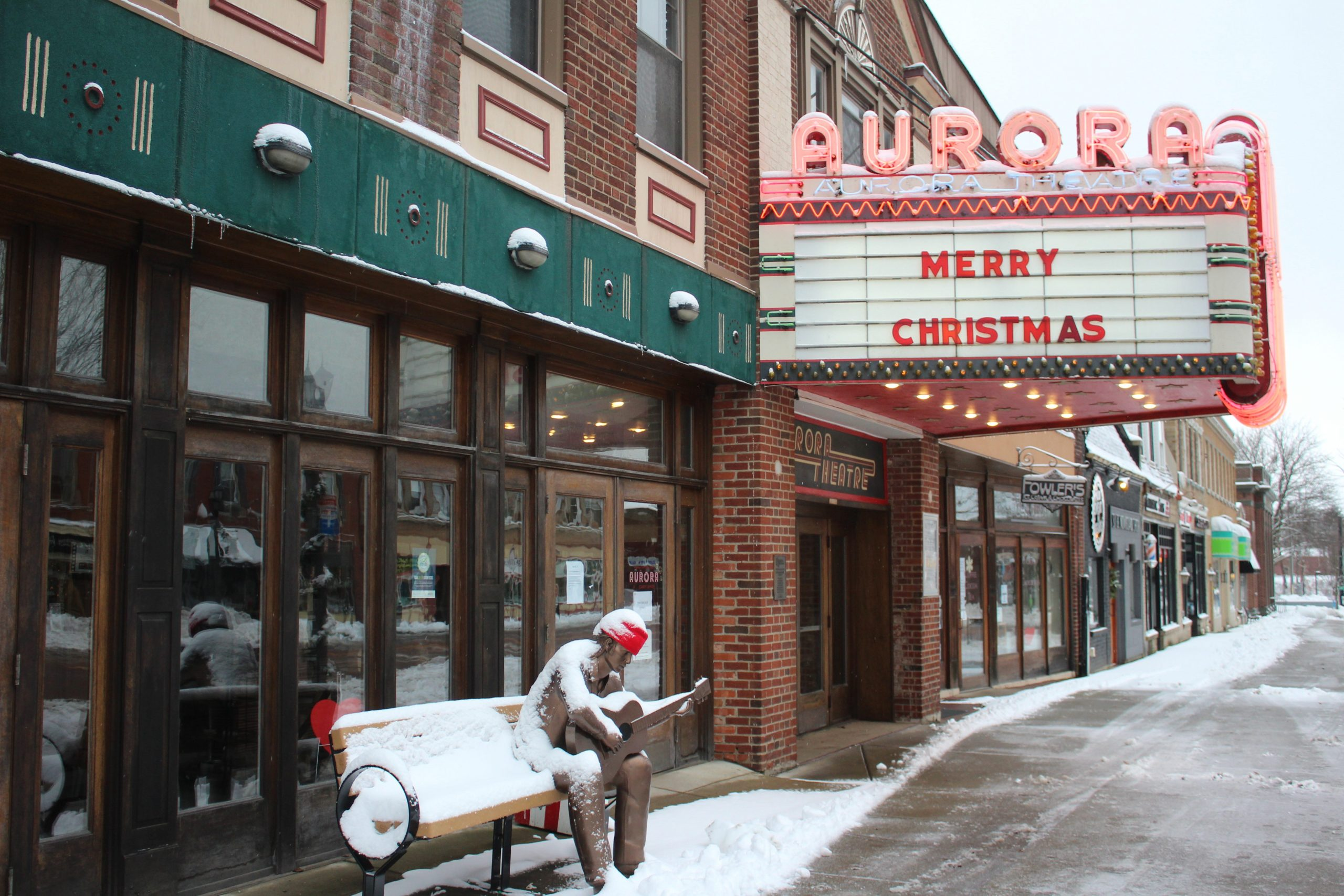 COVID threatens 'the cultural water cooler' of small movie theaters. Will they survive a slow holiday season?