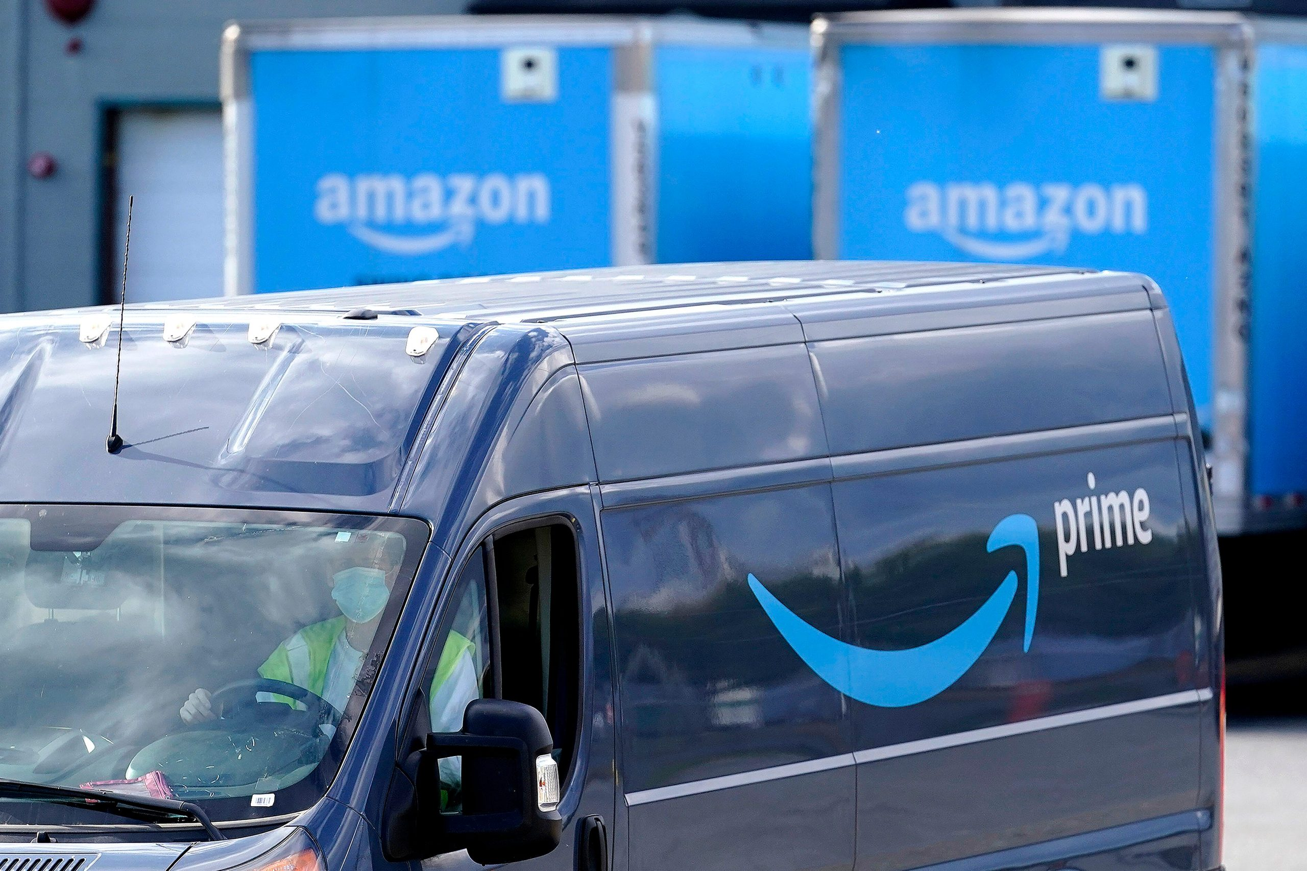 Scammers are trying to rob Amazon Prime users of $800. Here's what to know.