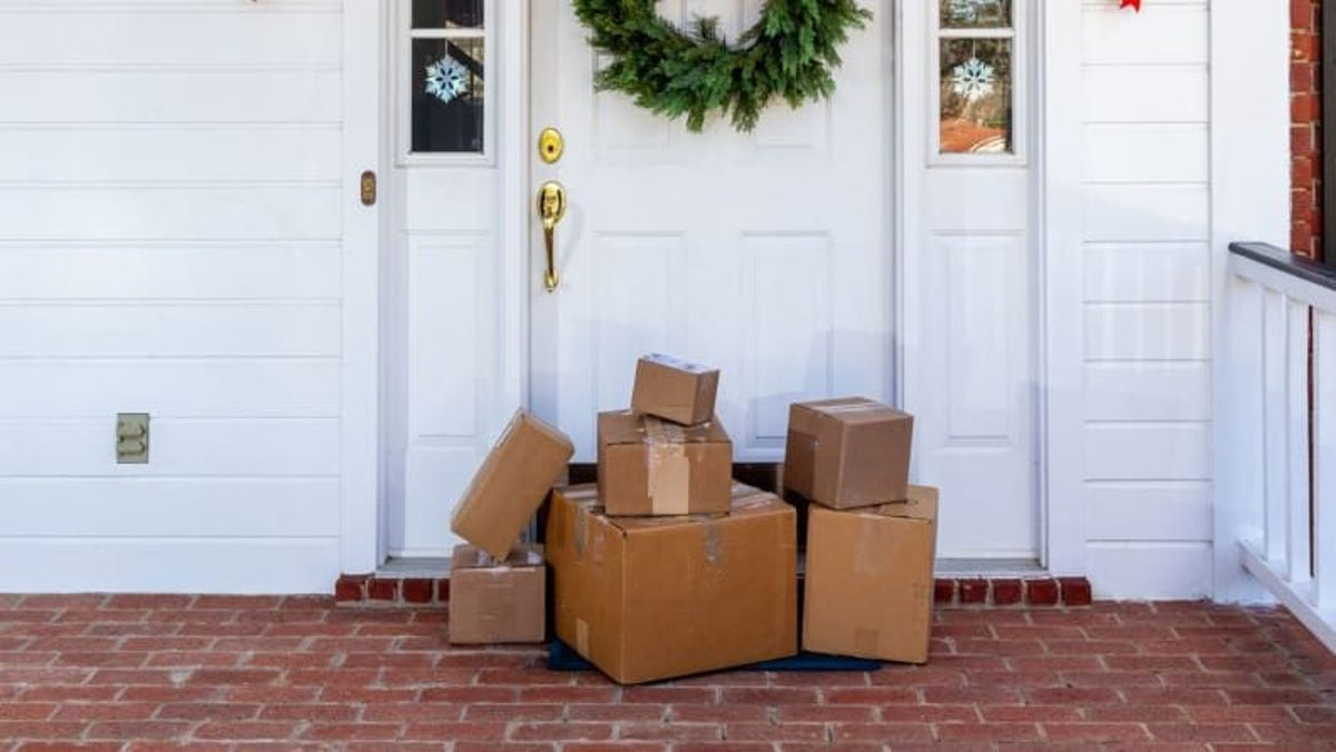 When should you mail gifts for Christmas? Your shipping questions answered