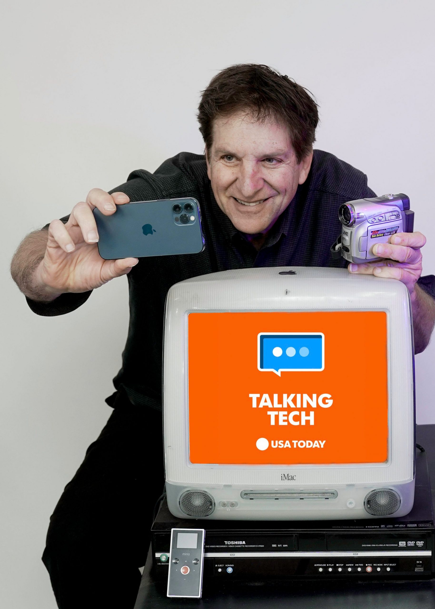 20 years of tech with Jeff: From green iMacs and DVDs to the iPhone era
