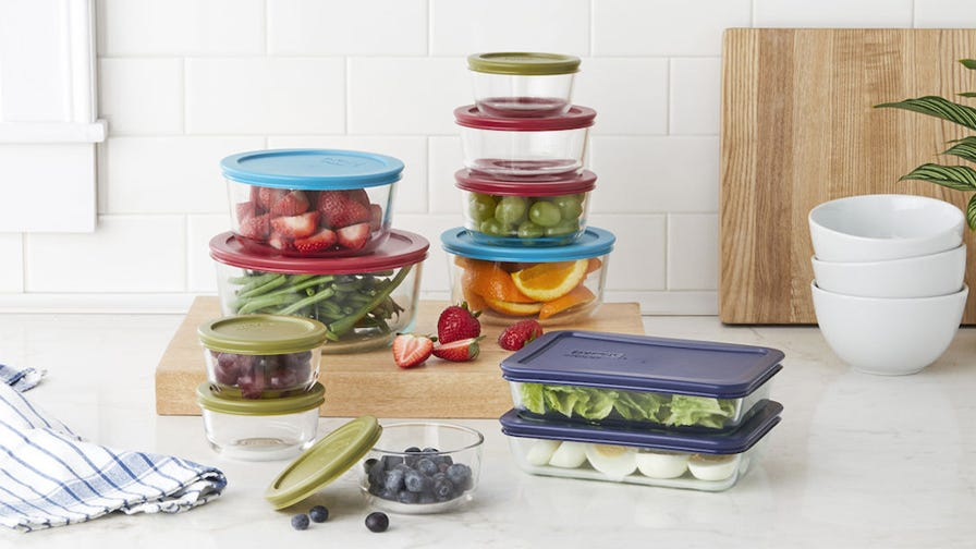 These best-selling Pyrex food storage containers are more than half off right now