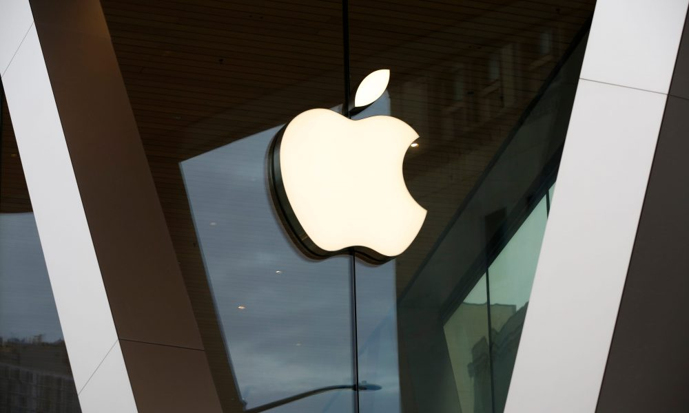Apple reopens all of its 270 stores across the US with coronavirus protocols still in effect