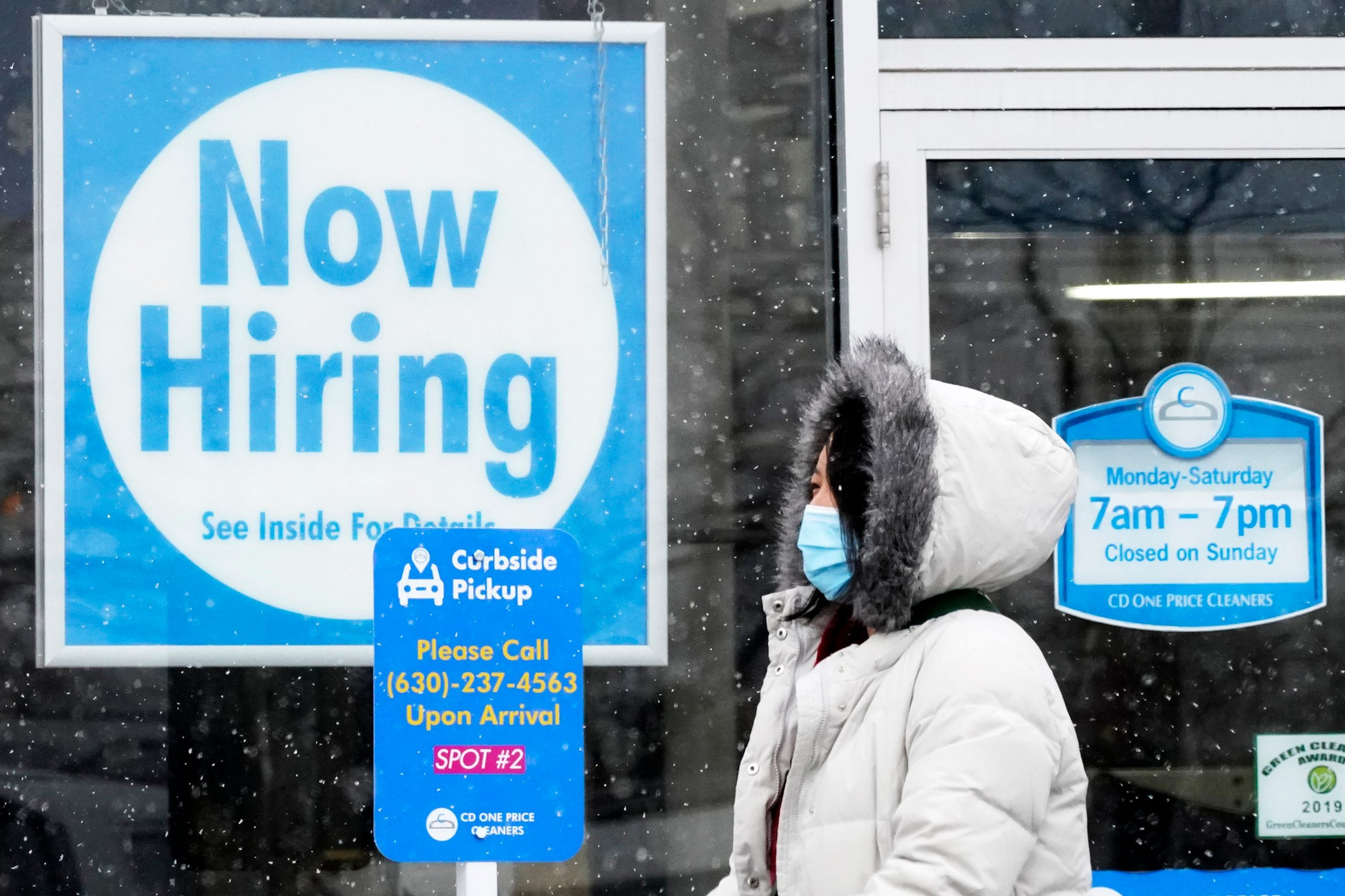 As restaurants hire and COVID cases fall, the U.S. economy gains 379,000 jobs in February