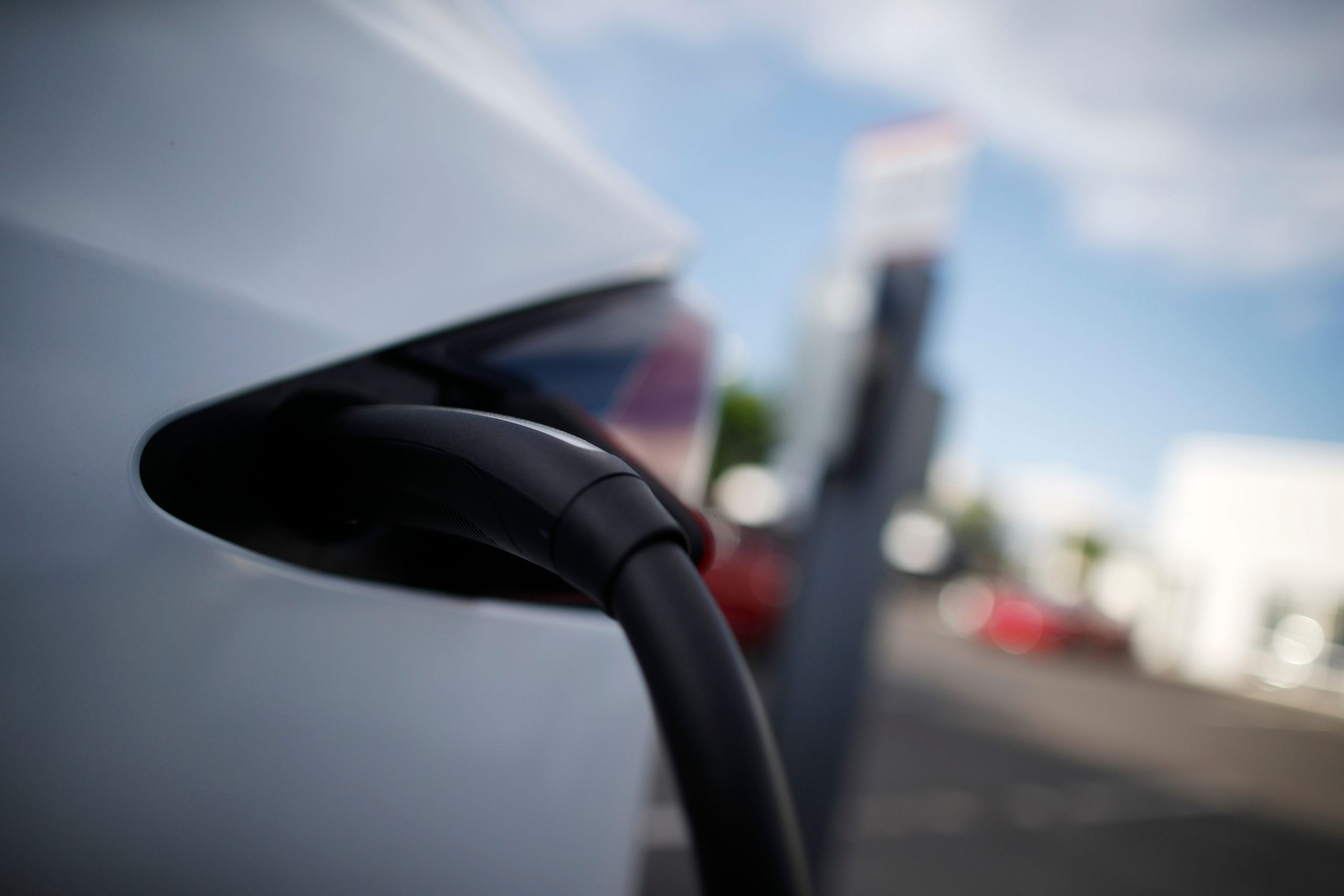 Can the electrical grid handle a boom in electric vehicles?