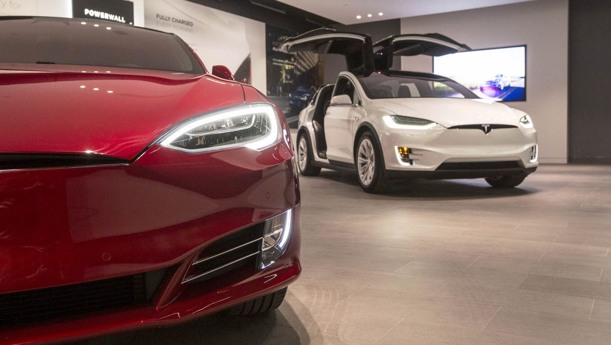 Will dealership, service centers give Detroit automakers an edge over Tesla?
