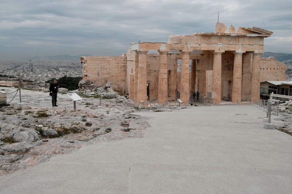 Dozens of Angry Archaeologists Say a Planned Renovation of the Acropolis Will Degrade the World Heritage Site