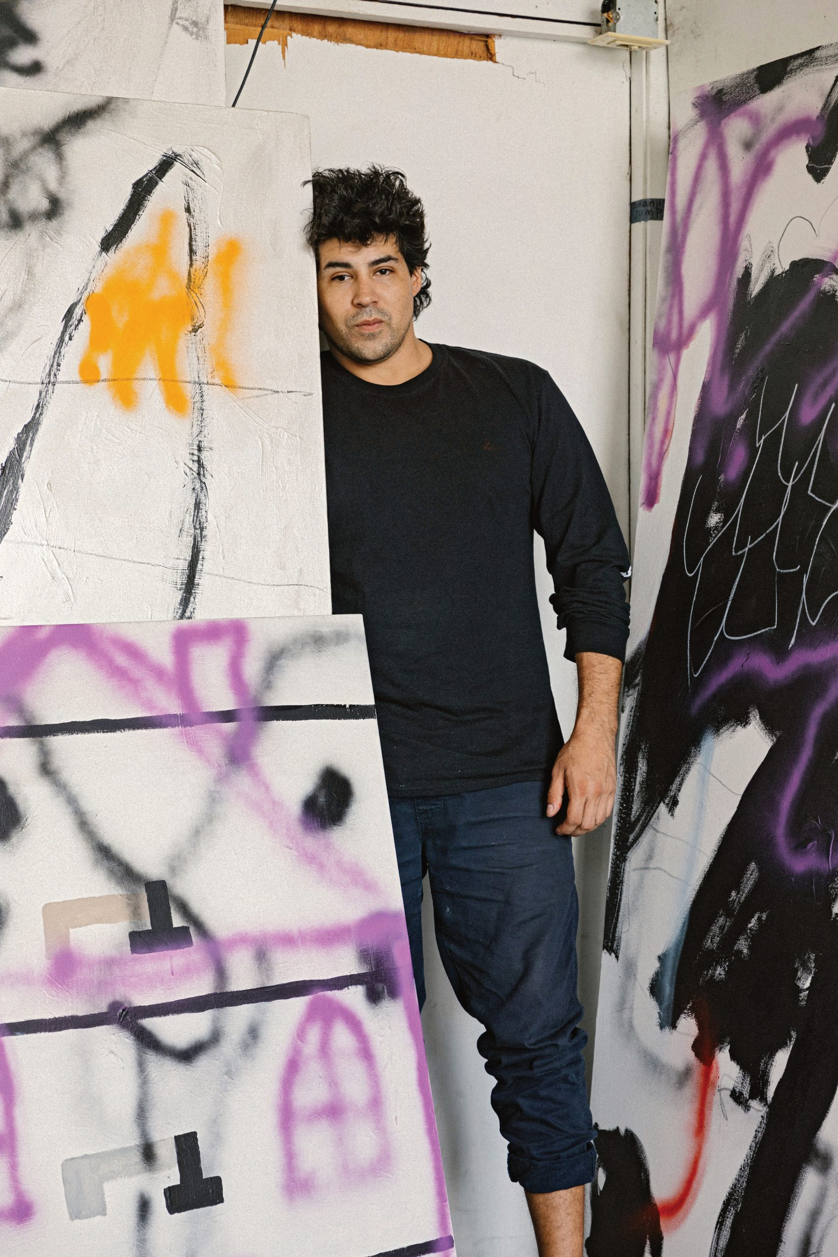 Painter Robert Nava Is Hated by Art-World Know-It-Alls. So Why Are Collectors Fighting for Anything From His Studio? | Artnet News