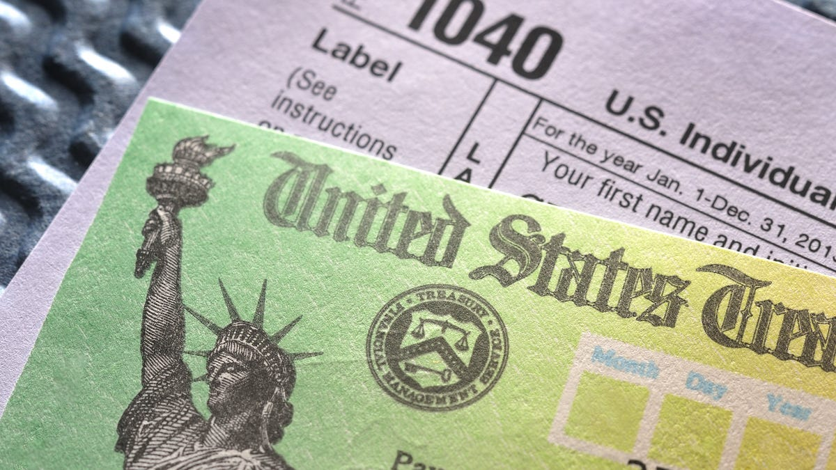 Tax refund status: Returns are averaging almost $3,000 in 2021. Here's where to check on yours.
