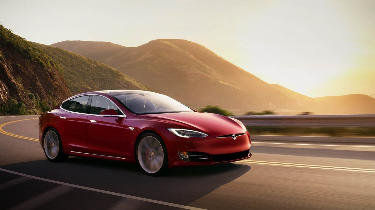 Tesla's Autopilot can 'easily' be used to drive without anyone behind wheel, Consumer Reports warns