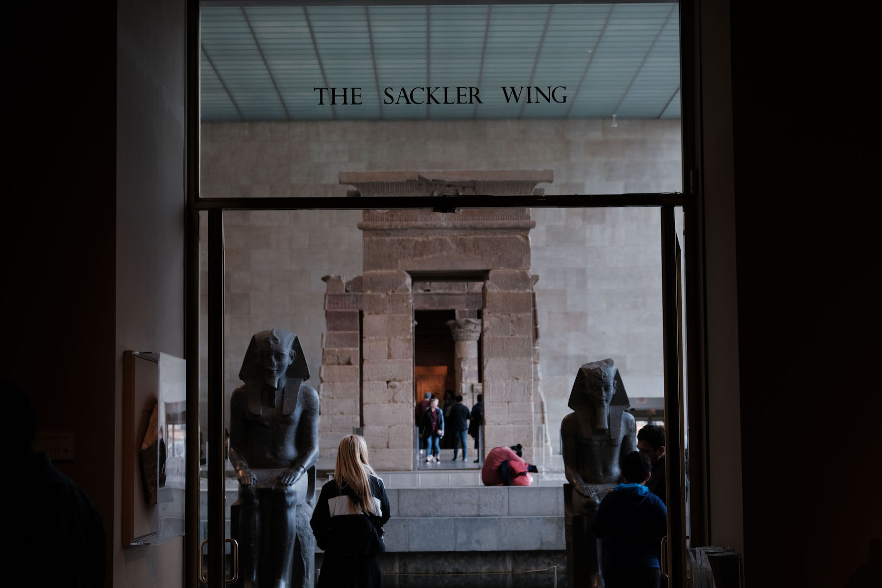 How a Devious Handshake Deal Let Arthur Sackler Store His Art in a Secret Gallery at the Metropolitan Museum for Years | Artnet News