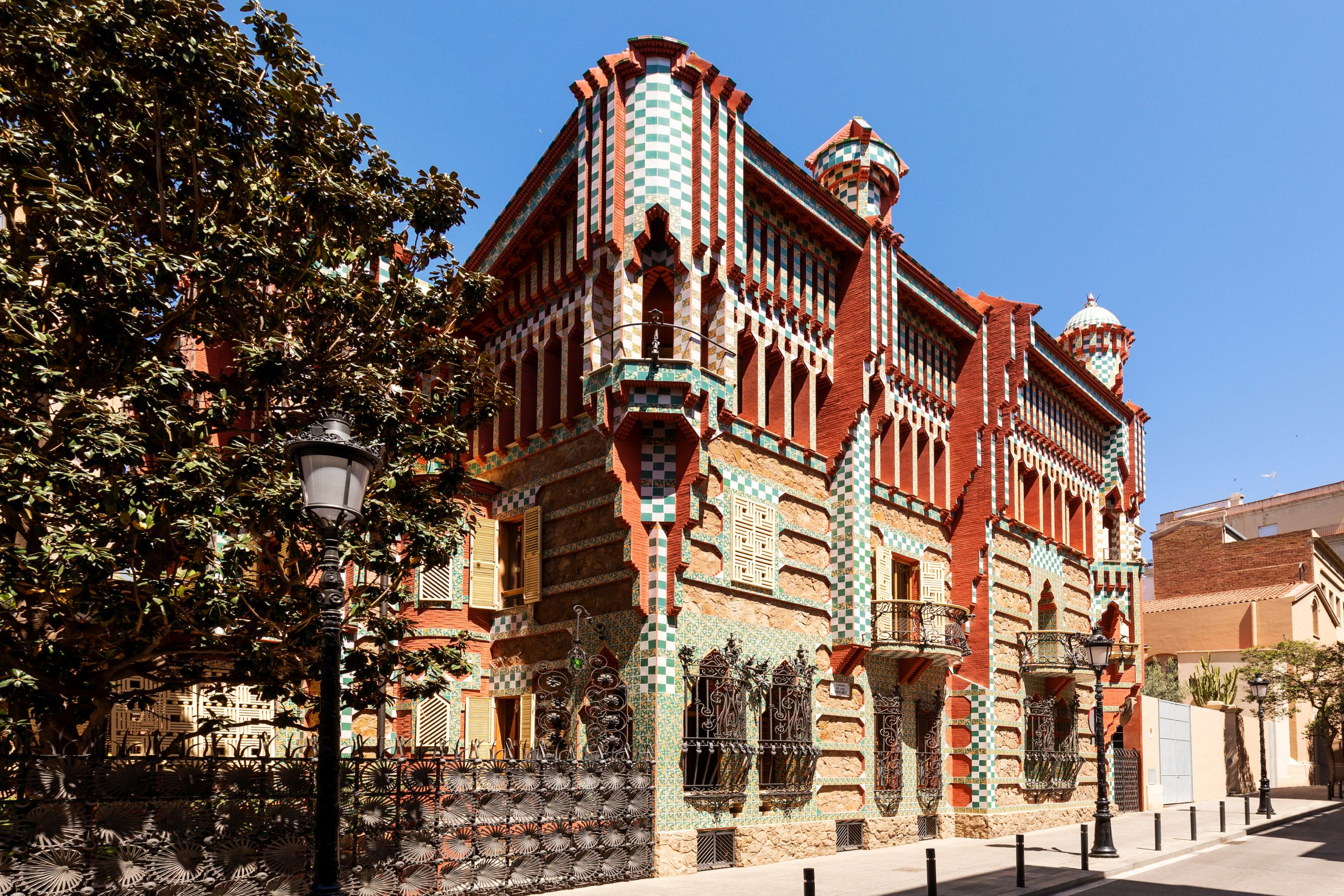 Airbnb Will Offer Overnight Stays at the First Home Legendary Architect Antoni Gaudí Ever Designed for Just $1