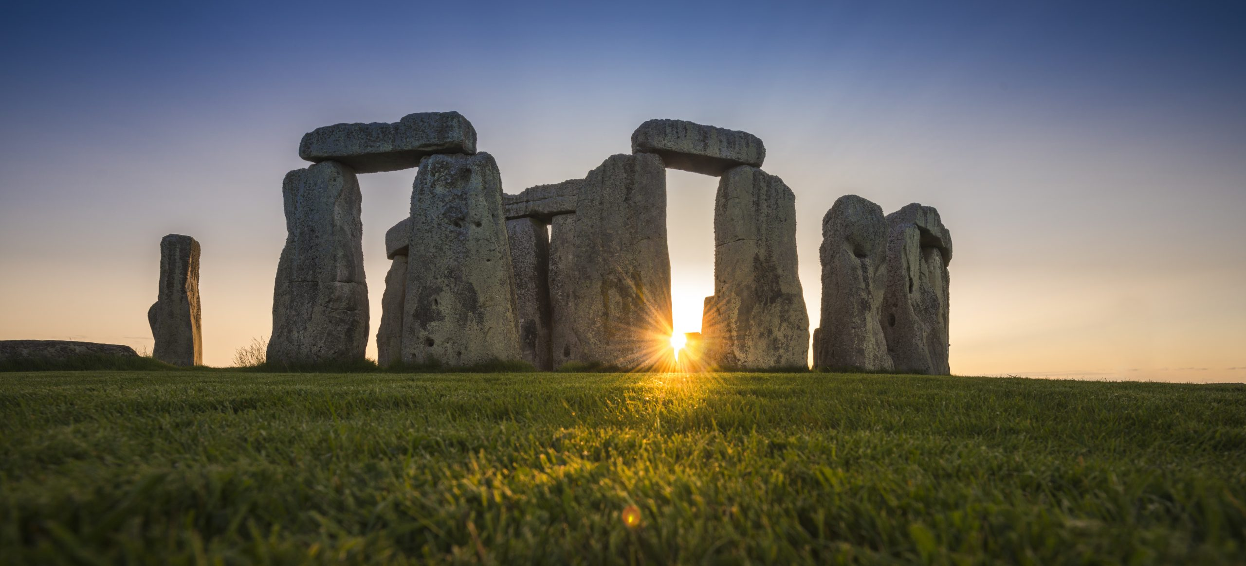 Art Industry News: Stonehenge Could Lose Its World Heritage Status Due to 'Combative and Dismissive' Politicians + Other Stories