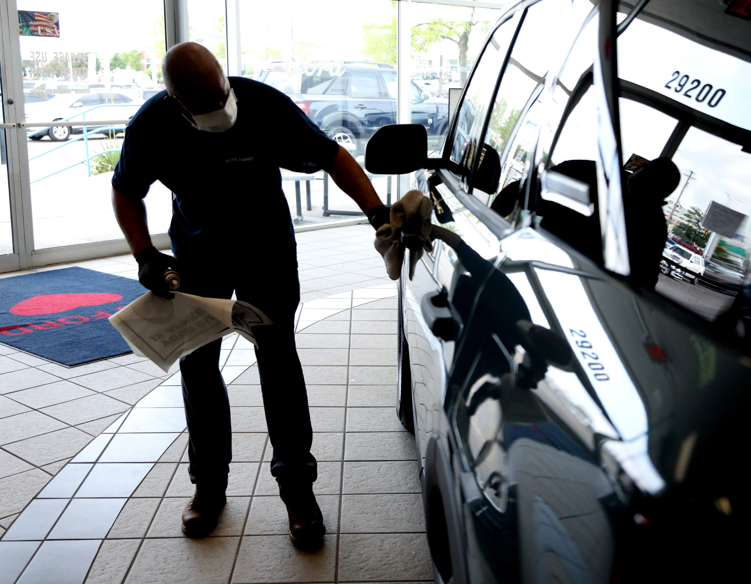 Car-buying tips for July 4 weekend: Get ready to compromise as chip shortage limits options, raises prices