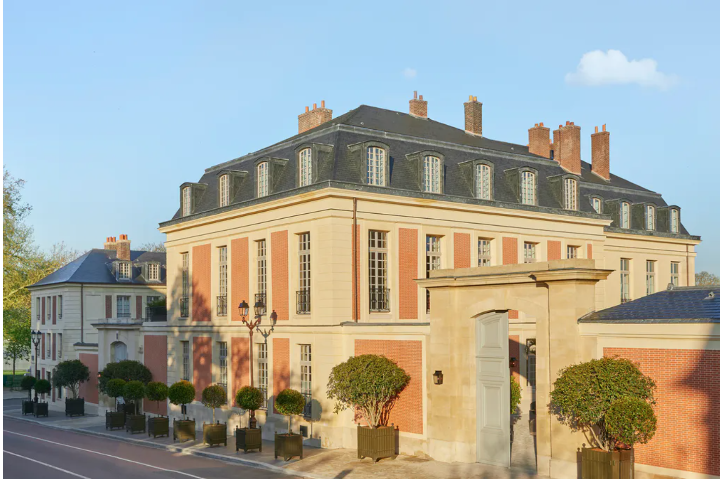 You Can Now Spend the Night Inside the Palace Versailles For a Kingly $2,000 a Night | Artnet News
