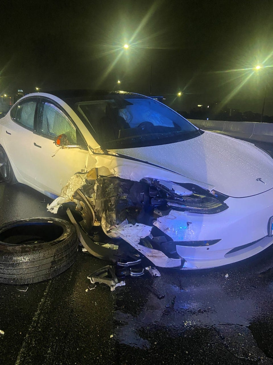 Tesla reportedly on autopilot system slams into police car parked on side of highway