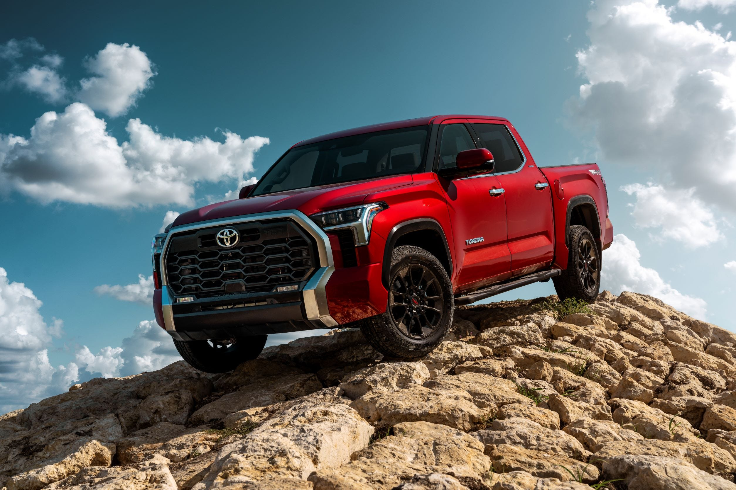 Toyota reveals redesigned 2022 Tundra full-size pickup, ditching 8-cylinder engine