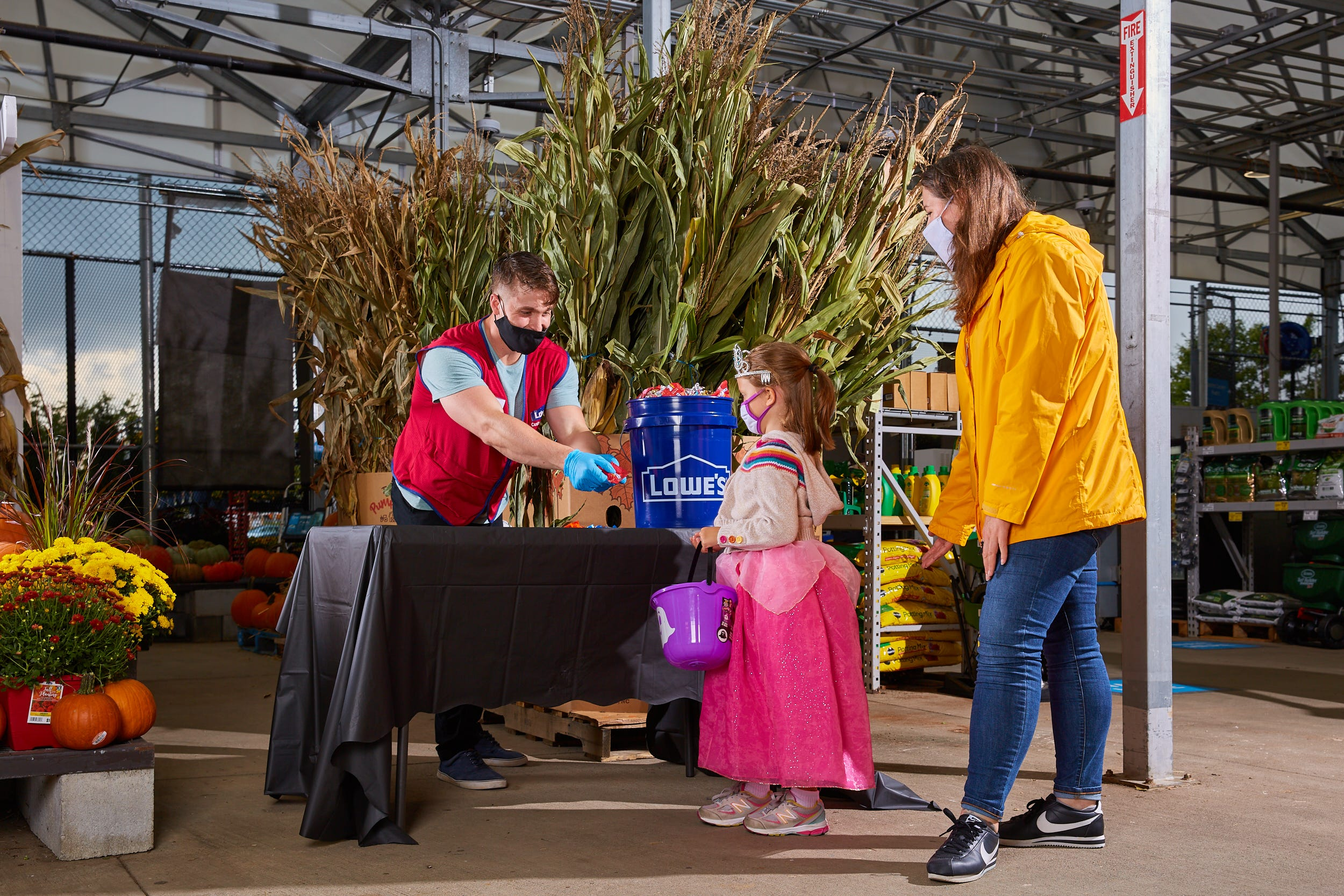 Lowe's to host trick-or-treating at stores nationwide before Halloween. Here's how to register.