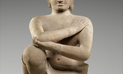 The Metropolitan Musem of Art repatriated two looted Khmer Kneeling Attendant statues linked to dealer Douglas Latchford to Cambodia in 2013. Photo courtesy of the Metropolitan Museum of Art, New York